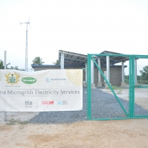 construction-of-mini-grid-solar-system-at-island-communities2